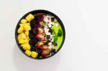 bowl of sliced fruits